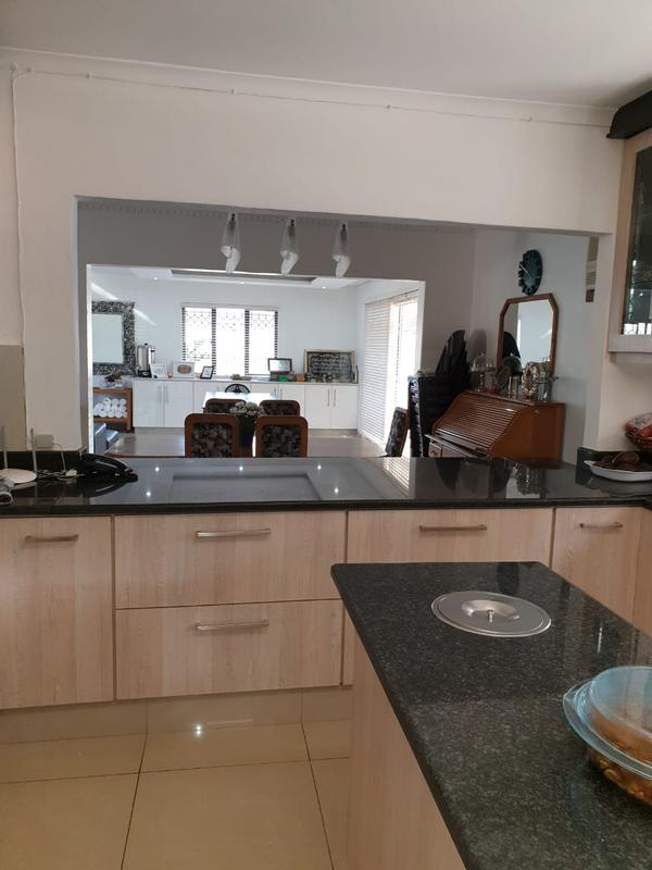 House For Sale in Cato Manor, Durban