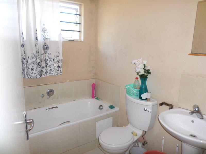 Apartment / Flat For Sale in Morningside, Durban