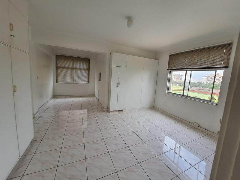 Apartment / Flat For Sale in North Beach, Durban