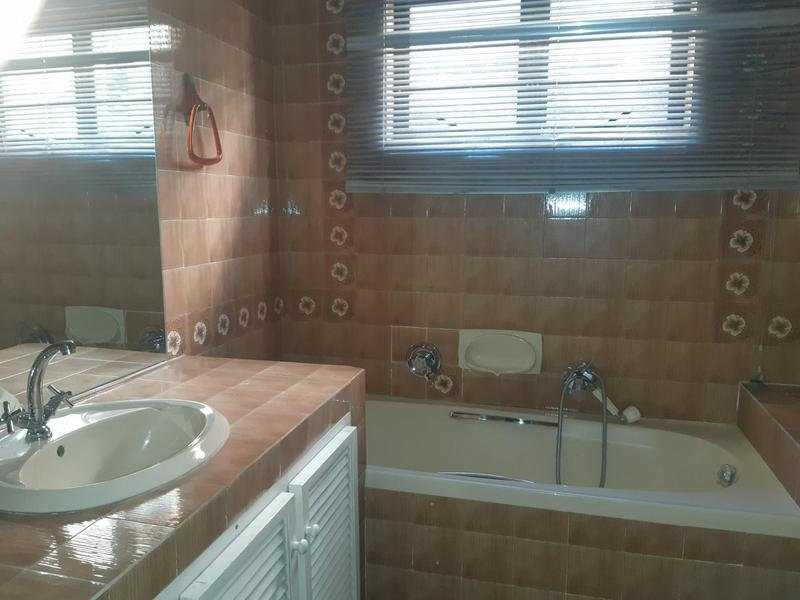 Townhouse For Rent in Musgrave, Durban