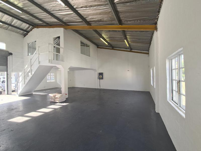 Commercial Property For Rent in Glen Anil, Durban