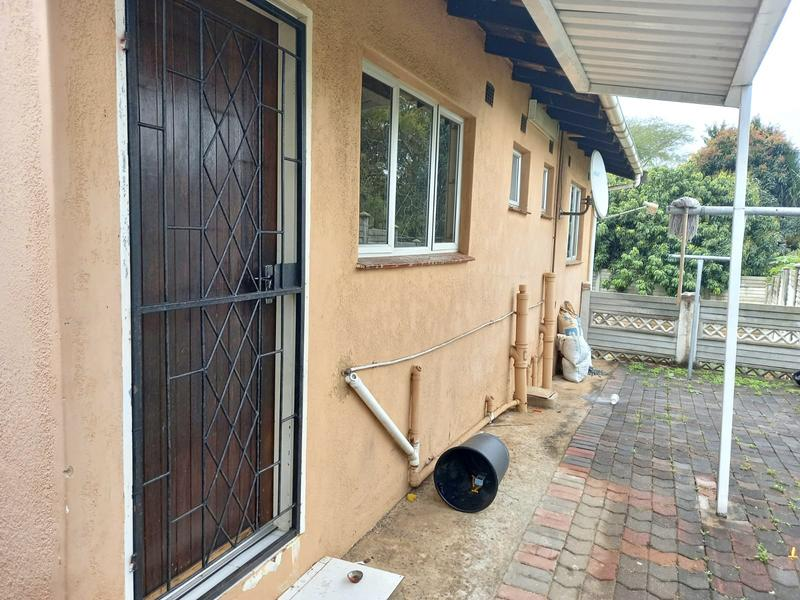 Cottage For Rent in Avoca, Durban